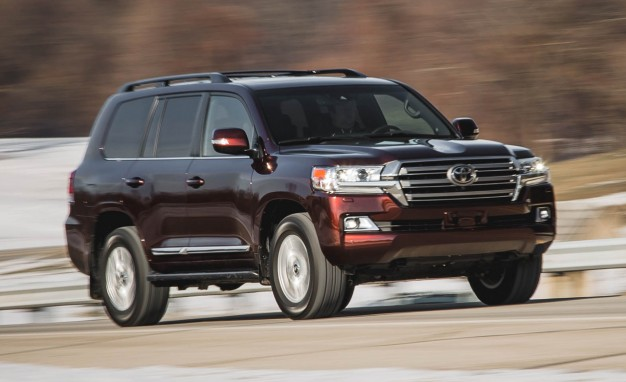 2016-Toyota-Land-Cruiser-PLACEMENT