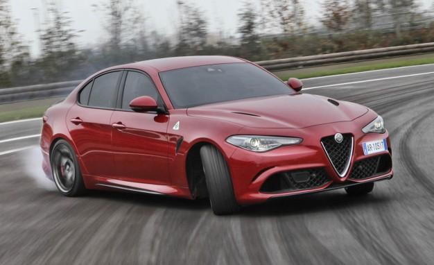 2017-Alfa-Romeo-Giulia-Quadrifoglio-PLACEMENT