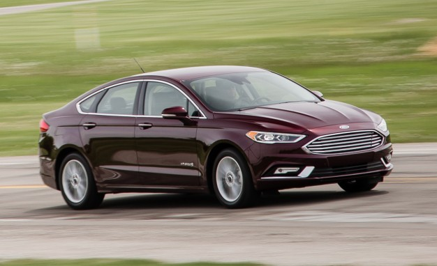 2017 Ford Fusion Hybrid First Drive: A More Refined and Quietly Efficient Four-Door