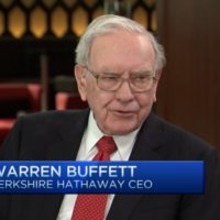 Warren Buffett: Self-driving cars will upend car insurance