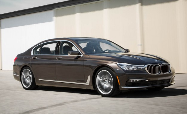2016-BMW-740i-PLACEMENT