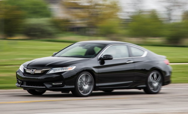 2016-Honda-Accord-coupe-Touring-PLACEMENT