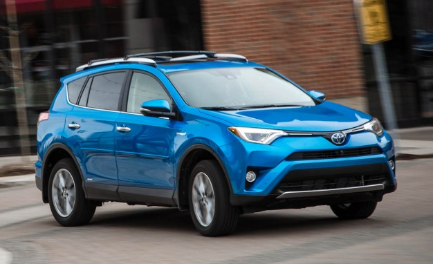 2016-Toyota-RAV4-Limited-hybrid-PLACEMENT