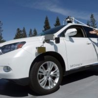 Your life or theirs? Scientists mull ethical dilemmas of driverless cars