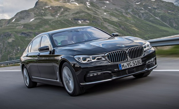 2017-BMW-7-Series-hybrid-PLACEMENT