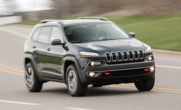 2016-Jeep-Cherokee-Trailhawk-PLACEMENT