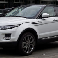 7 Facts About Range Rover Evoques That'll Make Your Hair Stand On End