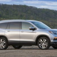 Connected Crossover: Honda Pilot Adds Apple CarPlay/Android Auto for 2017