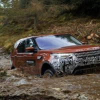 2017 Land Rover Discovery Driven in the Mucky Muck
