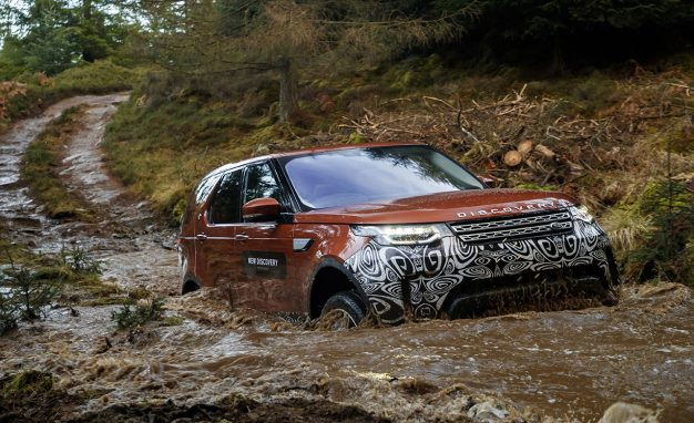 2018-Land-Rover-Discovery-prototype-PLACEMENT