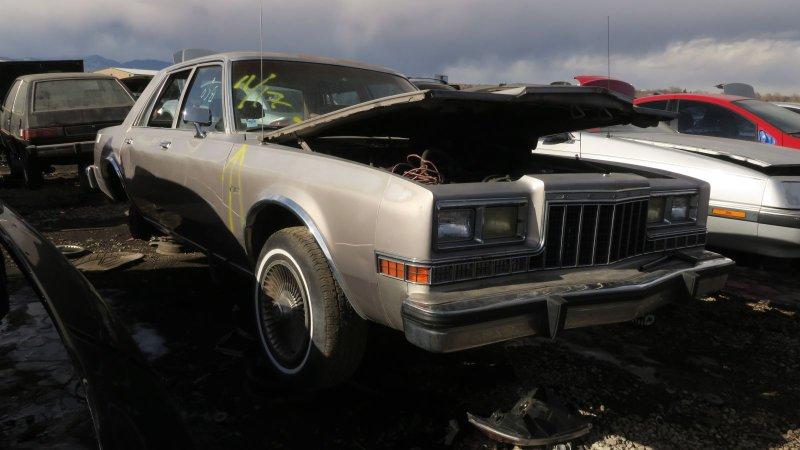 Junkyard Gem 1988 Dodge Diplomat Salon Bangastang