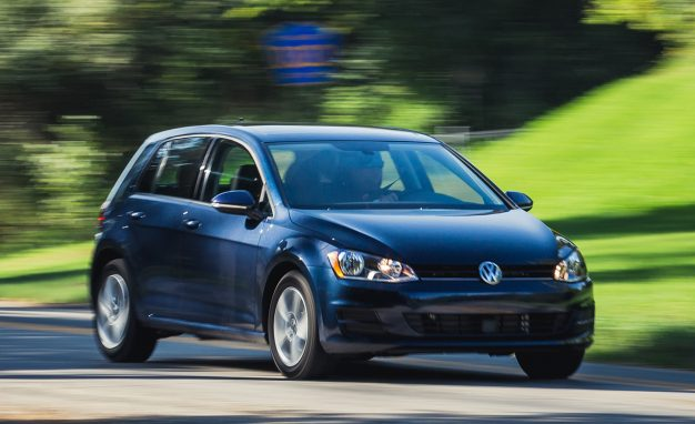 2017-Volkswagen-Golf-1.8T-TSI-PLACEMENT