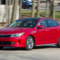 Kia Optima Hybrid Tested: Making a Virtue of Ordinary