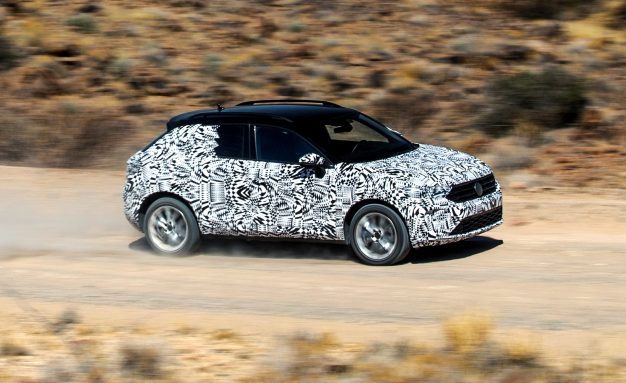 2019-Volkswagen-T-Roc-prototype-PLACEMENT