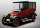 Mitsubishi celebrates 100-year-old car with PHEV re-creation