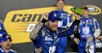Dale Earnhardt Jr. to retire at end of NASCAR season