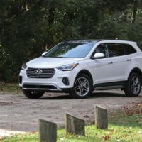 2017 Hyundai Santa Fe AWD: Middle Aging