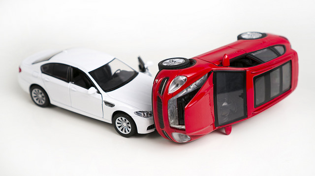 Be Prepared For What To Do If You're Ever In A Car Crash!